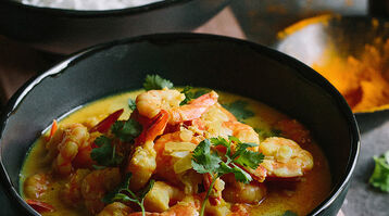 Cape Malay-style prawn curry