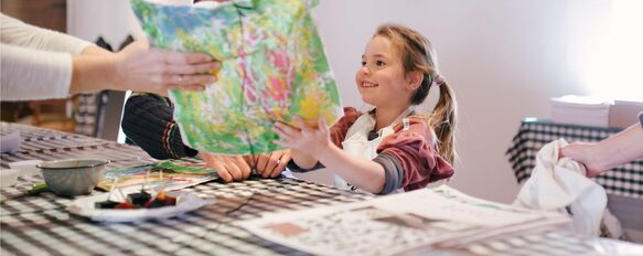 Arts & crafts sessions at Spier's Holiday Club for kids