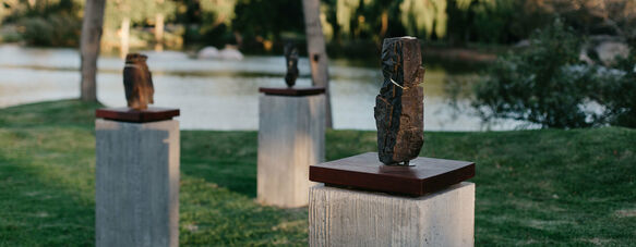 The singing stones of Spier