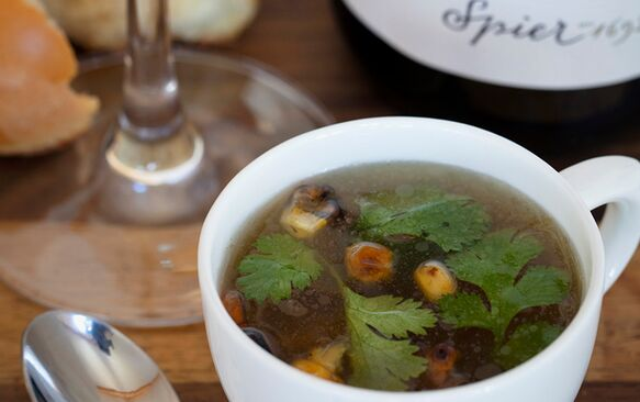 Smoked chicken broth with coriander